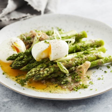 Go Keto Challenge: Asparagus à la flamande with Baked Oyster Mushrooms
