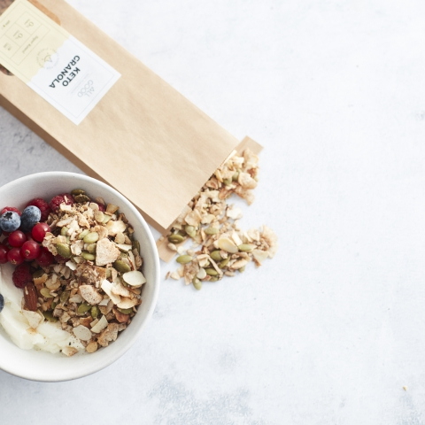 Go Keto Challenge: Brain Fuel Coffee + Keto Granola Bowl (Intermittent Fasting)