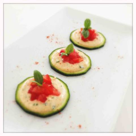 Raw Food Mini-pizza's met Amandel-cashewkaas
